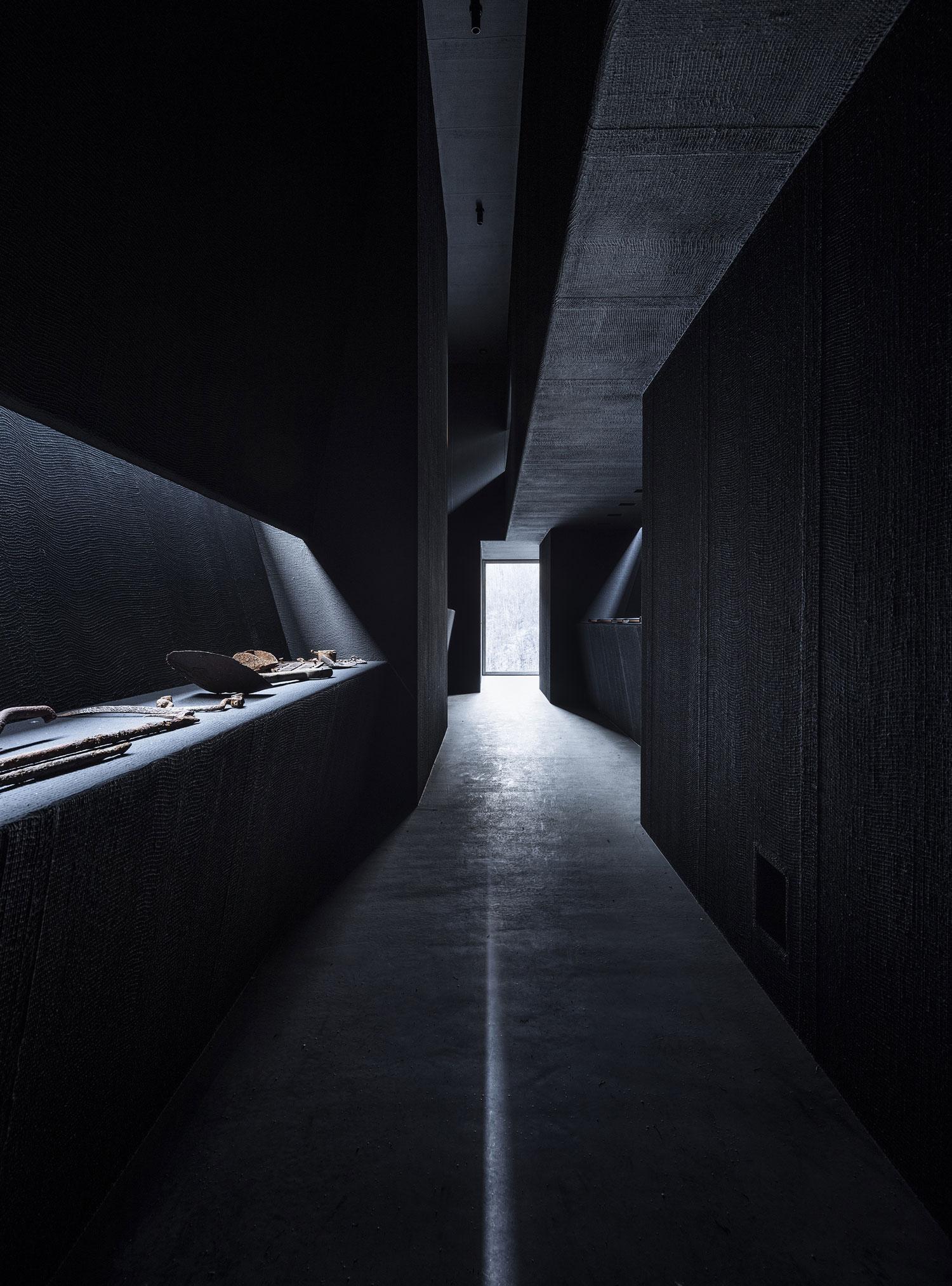 Peter Zumthor's Allmannajuvet Zinc Mine Museum in Sauda ...