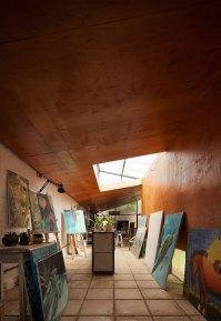 Álvarez-Nuovo Atelier in Paraguay by Nicolás Berger & Giacomo Favilli | Yellowtrace