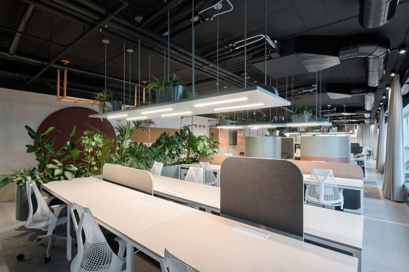 Catena Media Office in Belgrade, Serbia by AUTORI | Yellowtrace