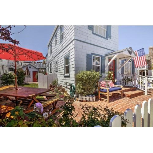 Medium Crop Of Newport Beach House
