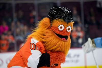 Gritty's Origin Story: How the Philadelphia Flyers Mascot Was Created - Thrillist