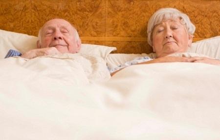 1396120089-a-vittoria-gli-anziani-rapinati-nel-sonno