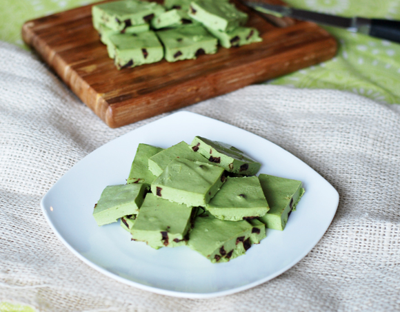 Healthy Mint Chocolate Chip Fudge