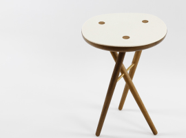 noble-and-wood-domino-stool