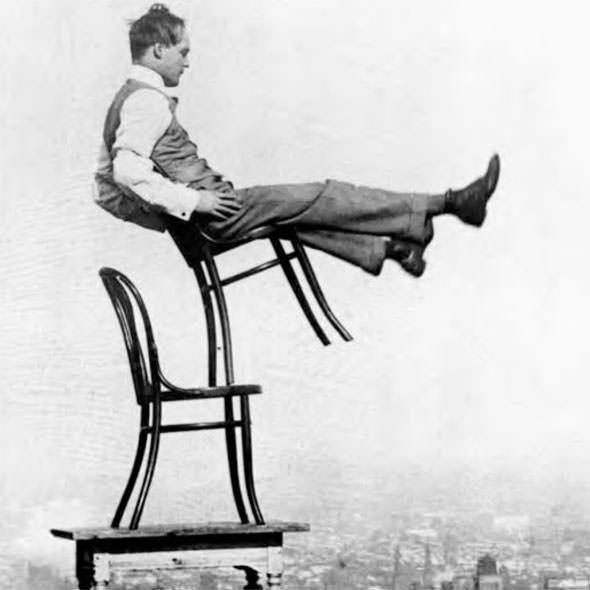 thonet-214-chair-balance