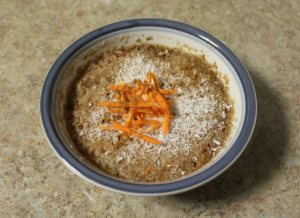 carrot-cake-quinoa-flakes-1