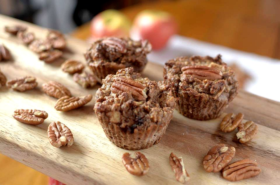 flour less apple pecan muffins4