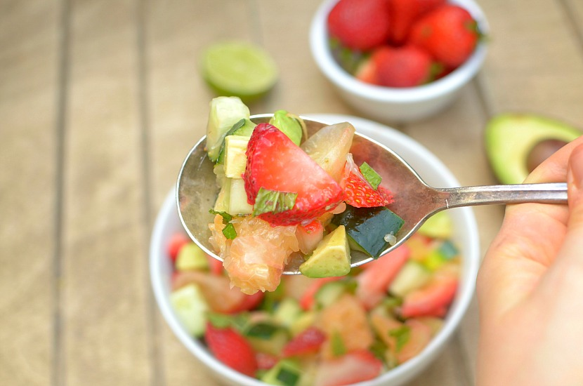 This healthy Minty Strawberry Avocado Salad with Citrus is a delicious side to lunch or dinner filled with fresh summer produce! It's so easy-to-make and only takes 5 minutes to put together. Also paleo, vegan and whole 30-friendly!