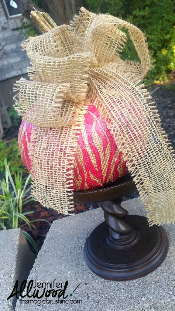 duct-tape-pumpkin-with-burlap-bow