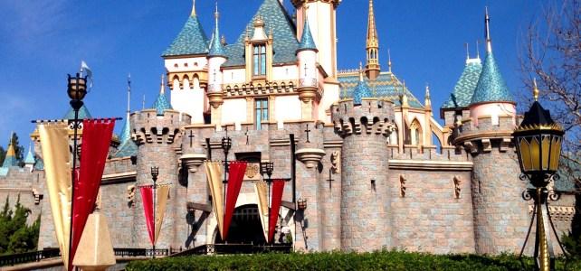 10 Reasons to Visit Disneyland