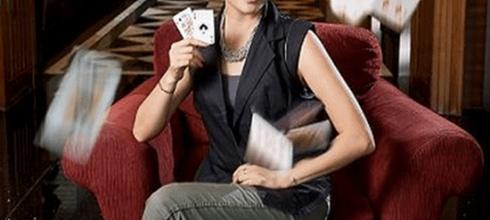 【財訊雙週刊】美女作家勤練功 打爆賭場莊家