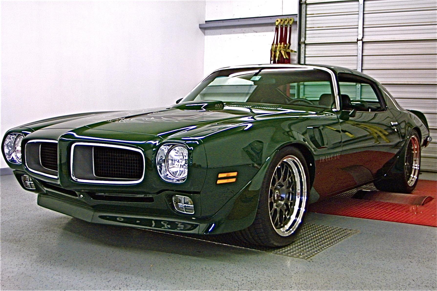Awesome 70s Pontiac Firebird Trans Am RestoMod