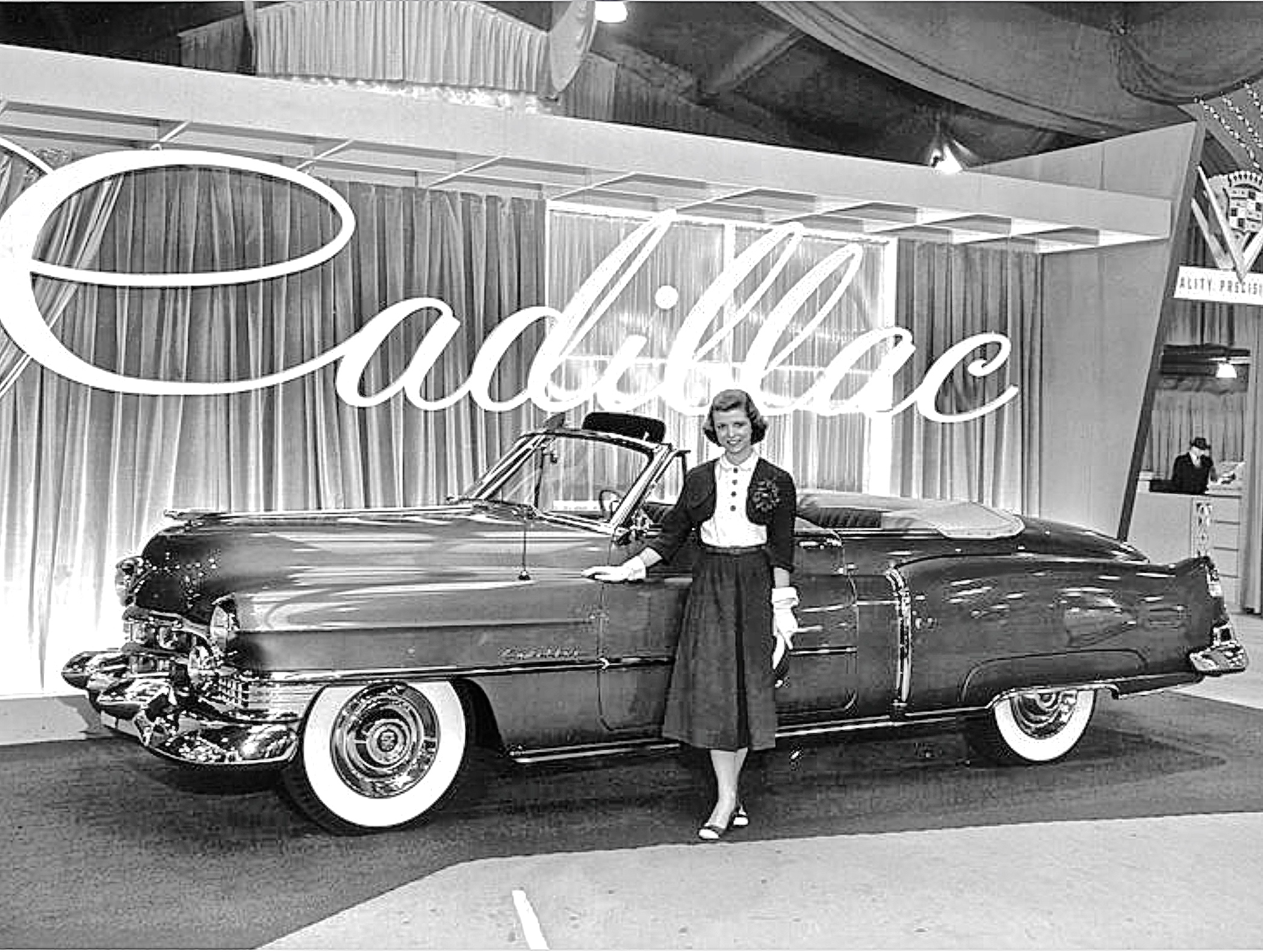 Cadillac Atx Car Pictures Real Pics From Austin Tx Streets 1951 Fleetwood Sedan Series 62 Convertible On Lift In Sw