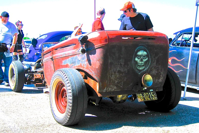 rat-rod-scary-closed-rear-version-2