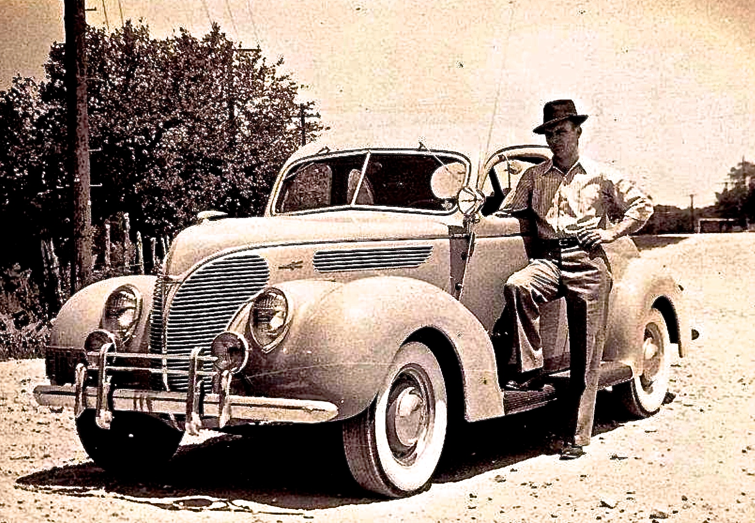 Old Austin: S. Congress Ave. Parts Store & T.O. Brooks\' 1938 Ford ...
