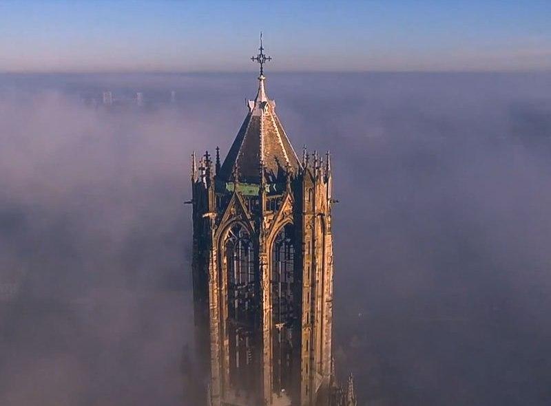 Najwyższy kościół w Holandii okiem drona