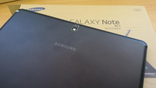 Galaxy Note 10.1 (2014) faux leather back