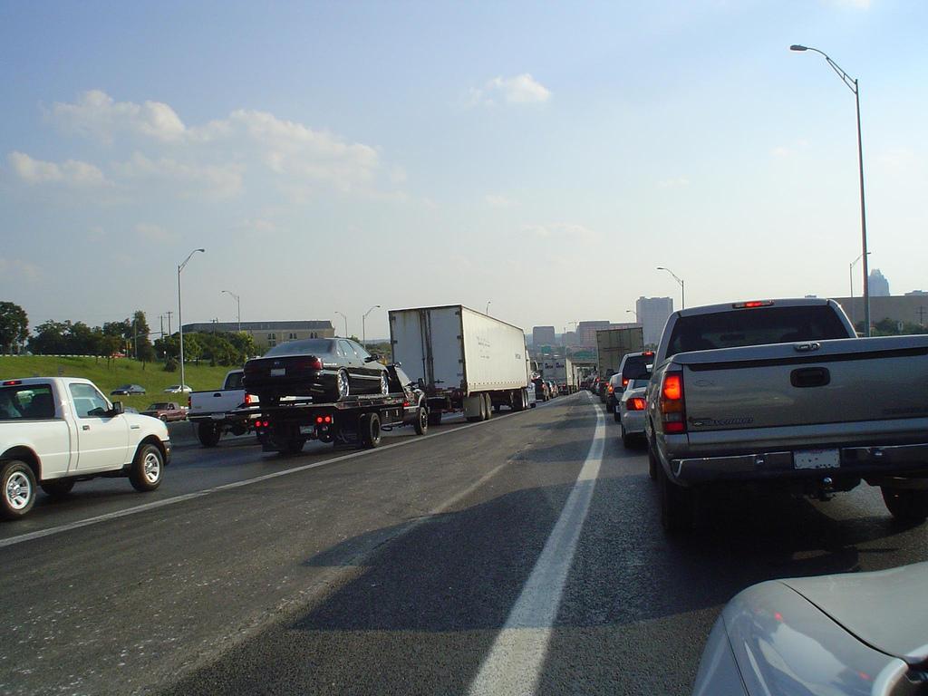 austin traffic problem lockdown rush hour overpopulation overpopulated i-35 mopac