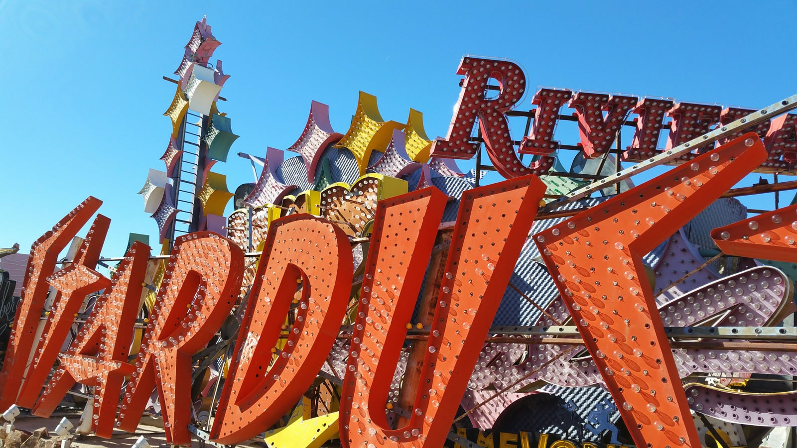 Las Vegas Trip Review from @emilyjoanho - Neon Museum