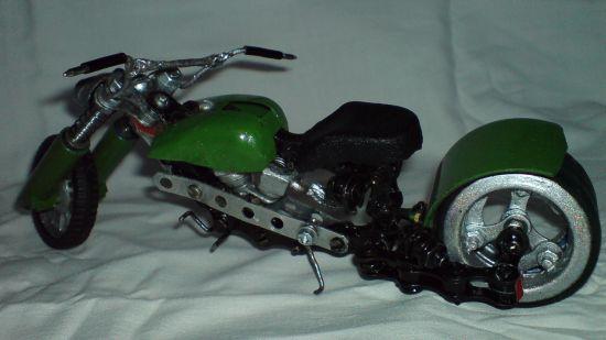 Scale souvenir motorbike models  5