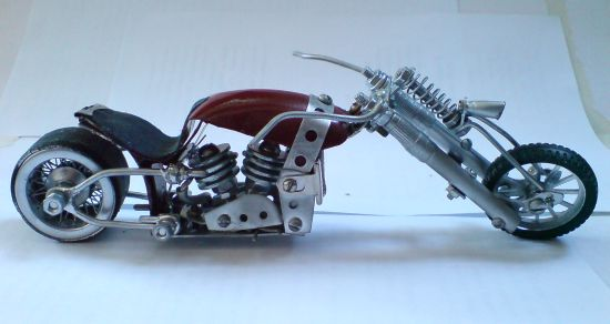Scale souvenir motorbike models 9