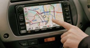133434-in-car-gps-satellite-navigation