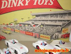 rare diorama Dinky Toys