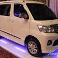 Daihatsu, Daihatsu Luxio Putih: Gallery Foto Daihatsu Luxio Facelift 2014 and Impresi Pertama
