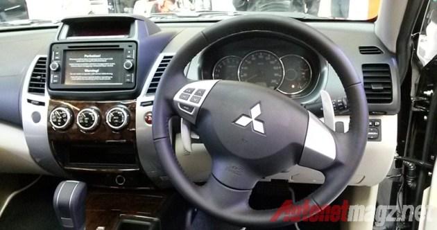 Mitsubishi Pajero Sport dashboard