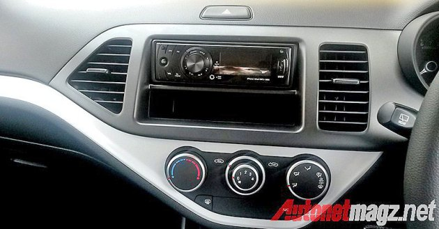 Head unit tape single din KIA Morning