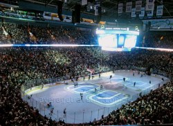 Vancouver Canucks vs LA Kings 2010
