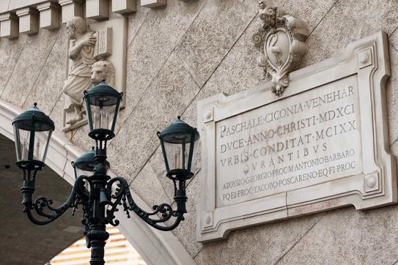 Italian Sign at Venetian Las Vegas