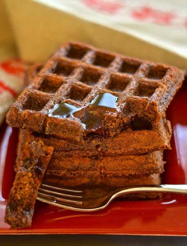 Gingerbread Waffles - A Virtual Vegan
