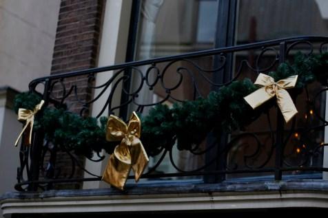 festive gold bows