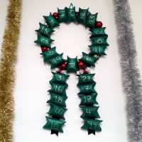 My Easy Upcycled DIY Advent Calendar Wreath