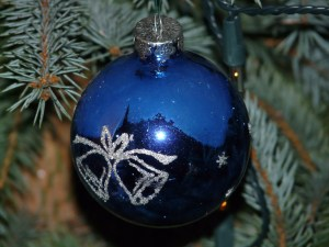 blue xmas ornament
