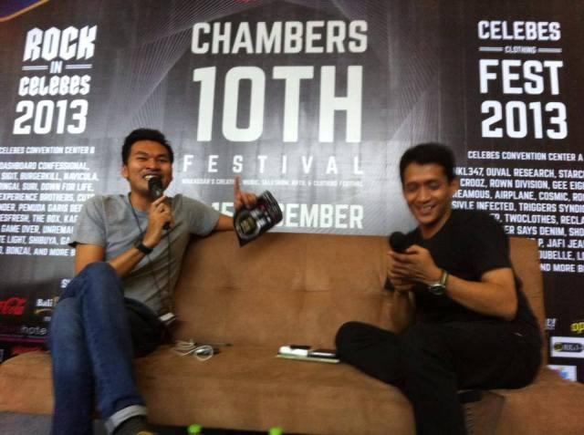Talkshow Makassar Urban Culture Identity bersama Anwar Jimpe Rachman (Foto: https://www.facebook.com/RockInCelebes)