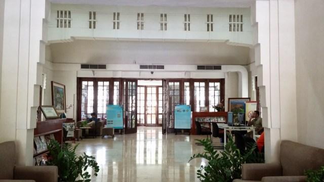 Gedung Perpustakaan Bi merupakan salah satu cagar budaya di Surabaya. Foto: Erlin Goentoro