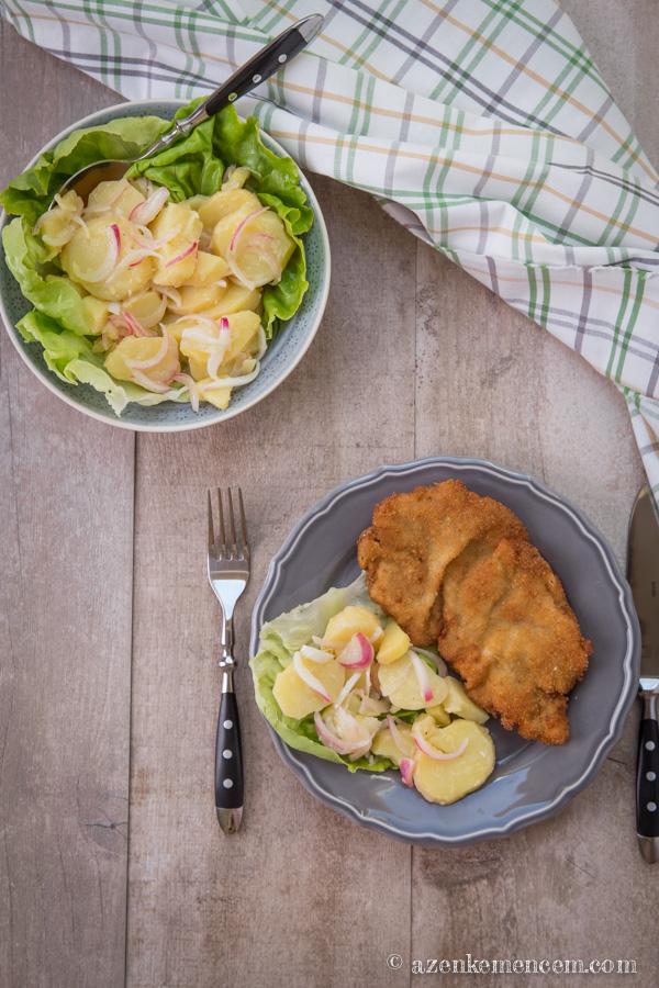 Wiener Schnitzel ( Bécsi szelet ) krumplisalátával