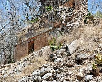 mayan collapse Researchers uncover new clues about mayan civilization's collapse researchers uncover new clues about mayan civilization's collapse.