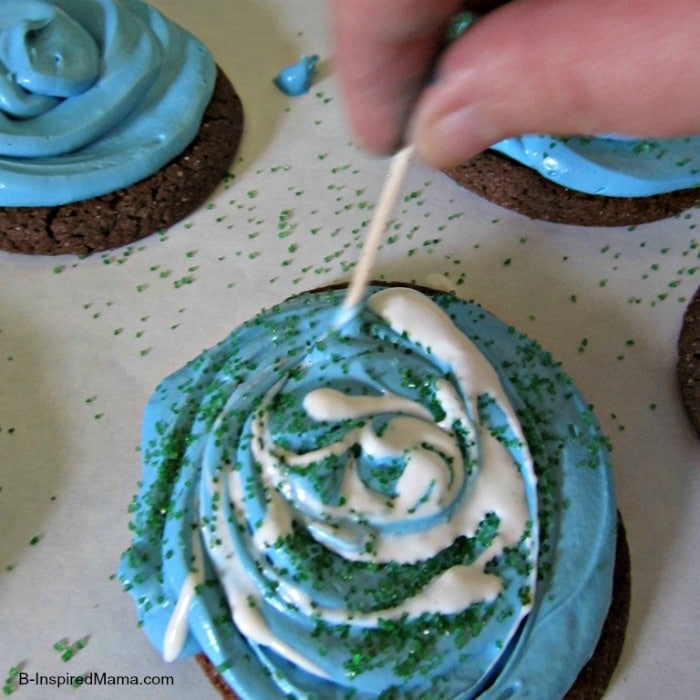 Earth Day Swirl Cookies Easy Enough for Kids at B-InspiredMama.com