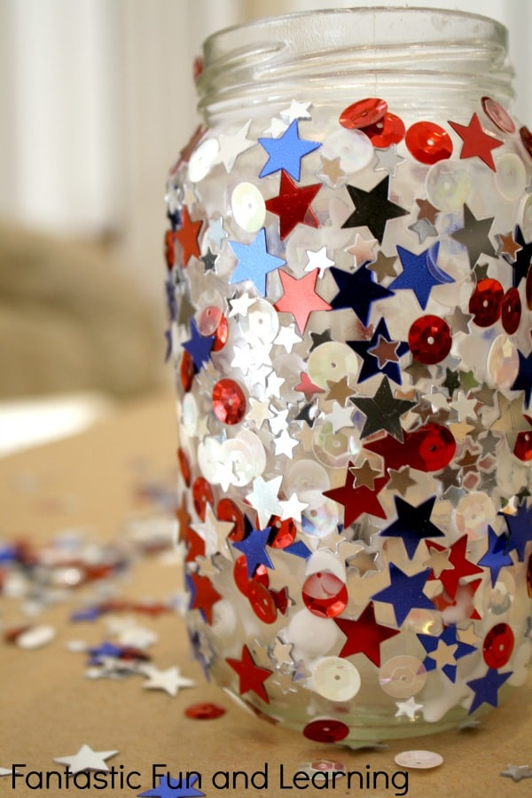 Jar Candle 4th of July Craft [From the Mamas]