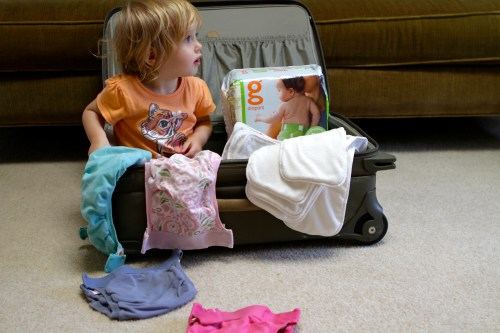 tips for traveling with cloth diapers on babybirdsfarm