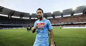 Report: Gonzalo Higuain wants to work with Jurgen Klopp at Liverpool