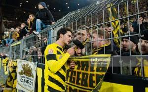 Report: Bayern Munich are in talks with Dortmund defender Hummels