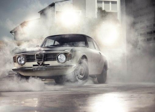 Alfa Romeo GT Junior - Side Stance