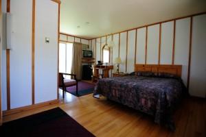 Baddeck Inn 00035