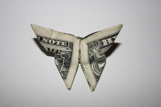 money-994845_1280