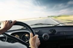 Motorista perde o controle do veículo na estrada de Maragogipe