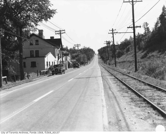 Yonge St (1936) - City of Toronto Archives